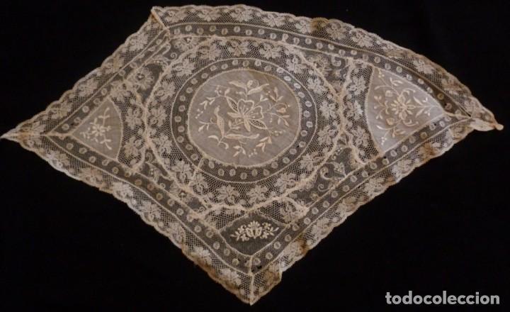 Antigüedades: ANTIGUO TAPETE DE ENCAJE DE NORMANDÍA - PRINCIPIO S. XX - Foto 2 - 136417394