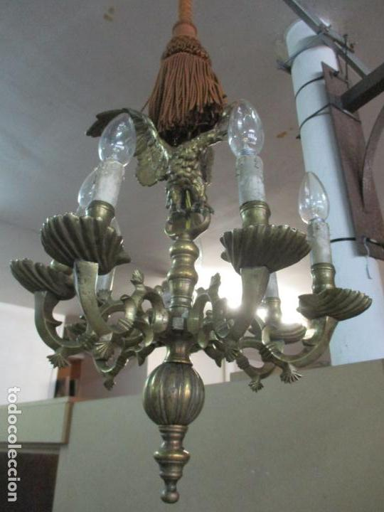 LÁMPARA DE TECHO - BRONCE CINCELADO - 6 LUCES - DECORACIÓN CON ÁGUILA - FUNCIONA (Antigüedades - Iluminación - Lámparas Antiguas)
