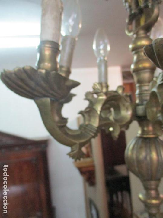 Antigüedades: Lámpara de Techo - Bronce Cincelado - 6 Luces - Decoración con Águila - Funciona - Foto 6 - 136445622
