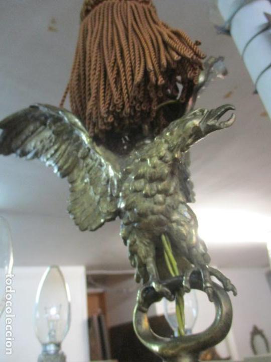 Antigüedades: Lámpara de Techo - Bronce Cincelado - 6 Luces - Decoración con Águila - Funciona - Foto 9 - 136445622