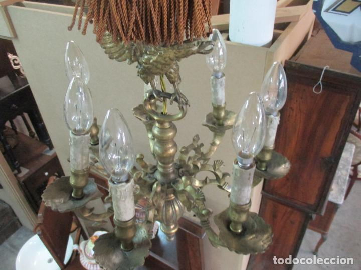 Antigüedades: Lámpara de Techo - Bronce Cincelado - 6 Luces - Decoración con Águila - Funciona - Foto 13 - 136445622