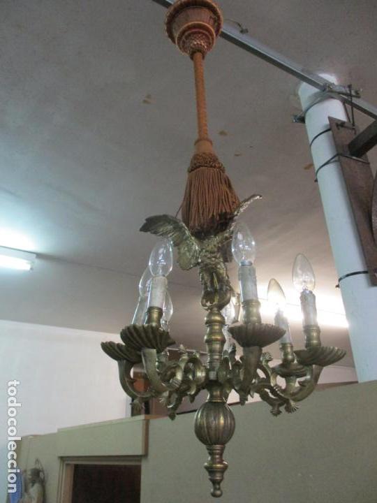 Antigüedades: Lámpara de Techo - Bronce Cincelado - 6 Luces - Decoración con Águila - Funciona - Foto 15 - 136445622