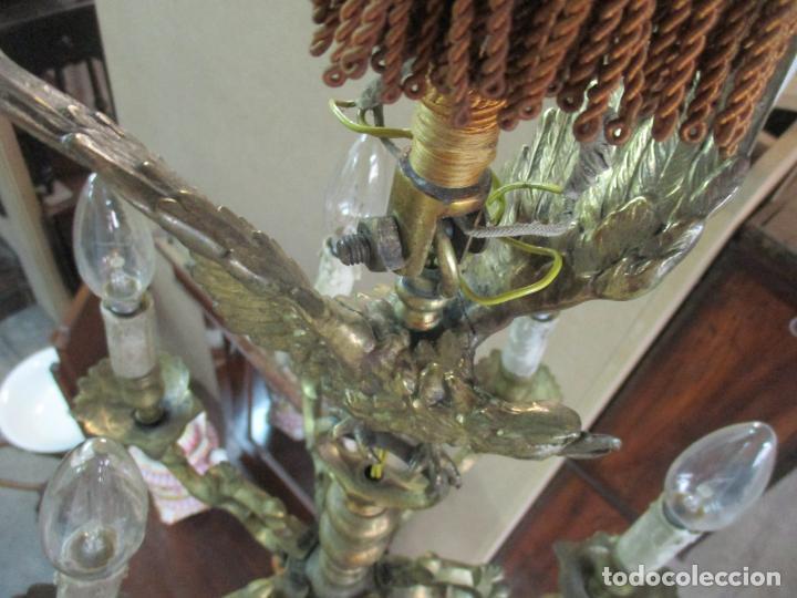 Antigüedades: Lámpara de Techo - Bronce Cincelado - 6 Luces - Decoración con Águila - Funciona - Foto 16 - 136445622