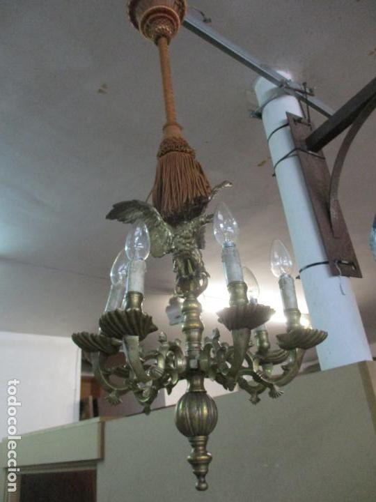 Antigüedades: Lámpara de Techo - Bronce Cincelado - 6 Luces - Decoración con Águila - Funciona - Foto 22 - 136445622
