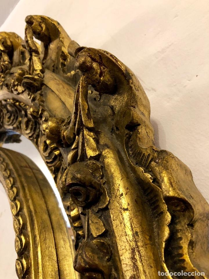 Antigüedades: ESPECTACULAR ESPEJO ANTIGUO EN MADERA TALLADA - Foto 10 - 208186791