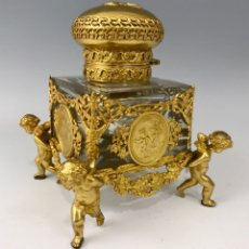 Antigüedades: JULES-PROSPER LEGASTELOIS. TINTERO EN BRONCE DORADO, S.XIX.. Lote 136462310
