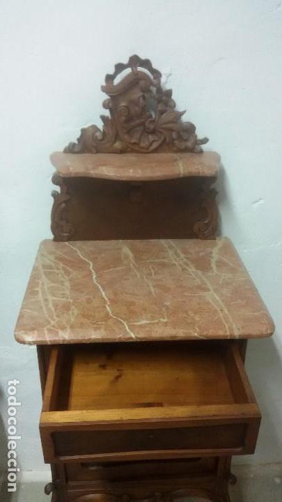 Antigüedades: Juego de cama y mesilla - Foto 2 - 136511630