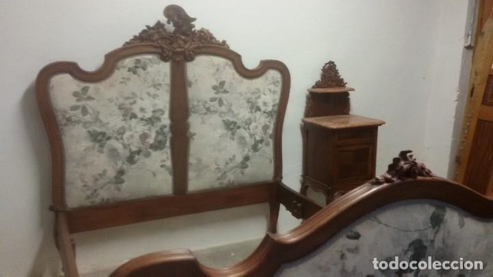 Antigüedades: Juego de cama y mesilla - Foto 4 - 136511630
