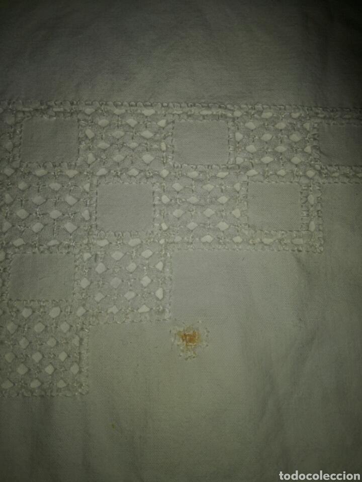 Antigüedades: Funda de almohada bordada calada - Foto 2 - 136514806