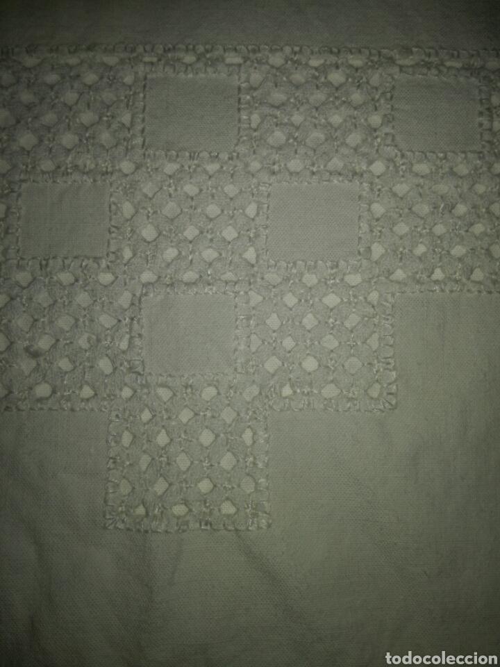 Antigüedades: Funda de almohada bordada calada - Foto 5 - 136514806