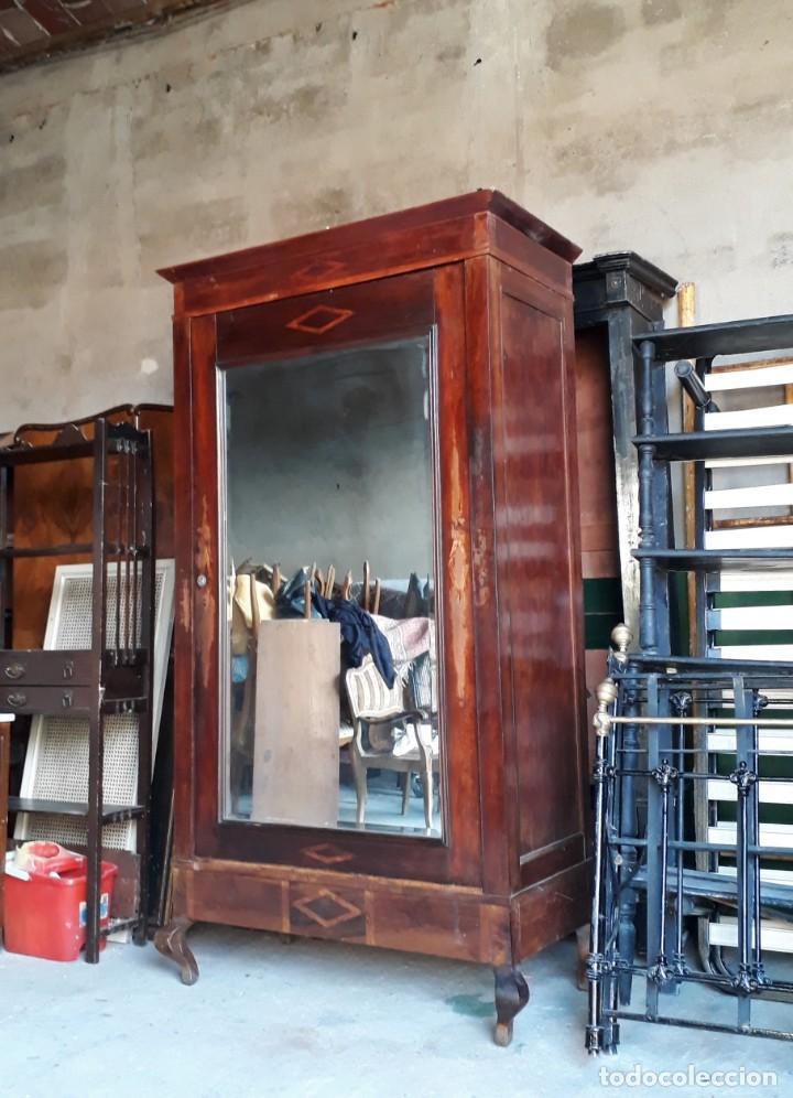 Antigüedades: Armario antiguo con espejo estilo modernista. Armario ropero estilo rústico armario estilo art decó. - Foto 4 - 136523990