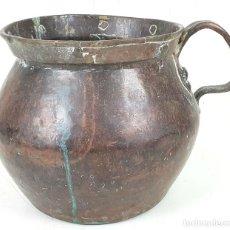 Antigüedades: CALDERO DE COBRE. ASA Y REMACHES DE COBRE. SIGLO XIX.. Lote 136548770