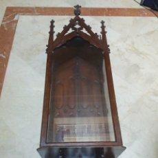 Antigüedades: VITRINA CAPILLA. Lote 136582962