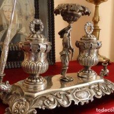 Antigüedades: ESCRIBANÍA DE PLATA CON MARCAS DE BARCELONA. MAESTRO DEL PAVO REAL (ACTIVO 1833–1847).. Lote 136645946