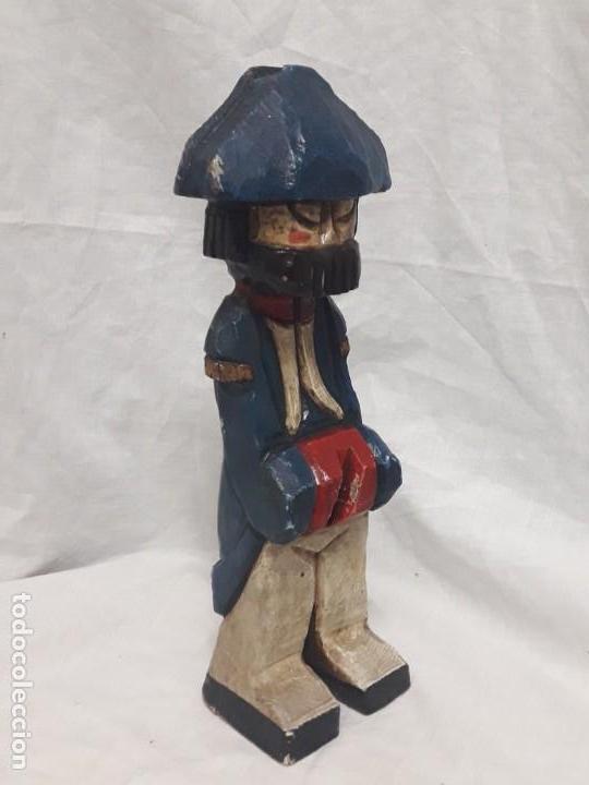 Antigüedades: Antigua talla de madera policromada soldado francés Napoleónico - Foto 2 - 136655006
