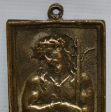 Antigüedades: PLACA DEVOCIONARIA DEL ECCE HOMO EN BRONCE. PRINCIPIOS SIGLO XIX. Lote 136685578