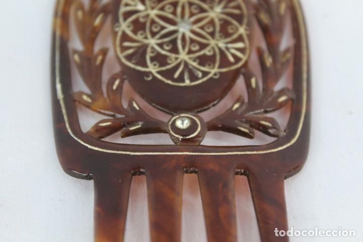 Antigüedades: Antigua peineta de pasta simil carey. Años 20 - Foto 3 - 136821970