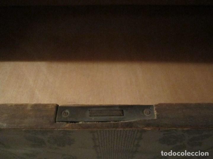 Antigüedades: GRAN CÓMODA MUY ANTIGUA - MADERA DE PINO MACIZA - Foto 6 - 137149642