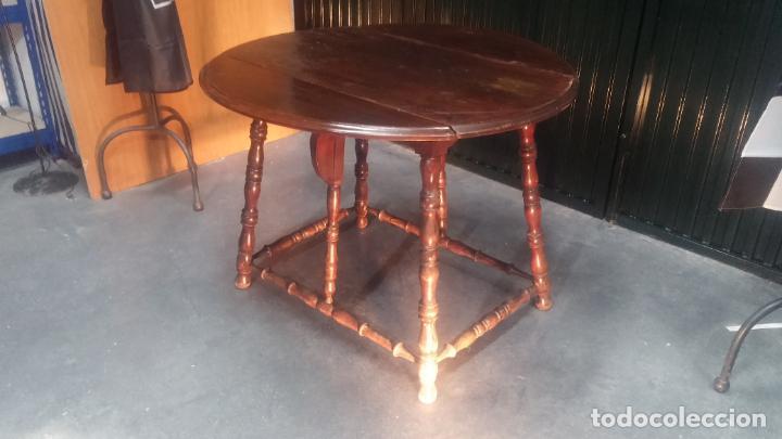 Botita mesa antigua abatible o convertible ideal casa rural o rustica segunda mano