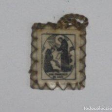 Antigüedades: ESCAPULARIO CON ORACIÓN SAN FRANCISCO AÑOS 50. Lote 137234062