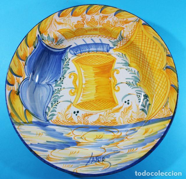 Antigüedades: GRAN PLATO CERAMICA FIRMADO LARIO 33 CM DIAMETRO - Foto 2 - 137234650