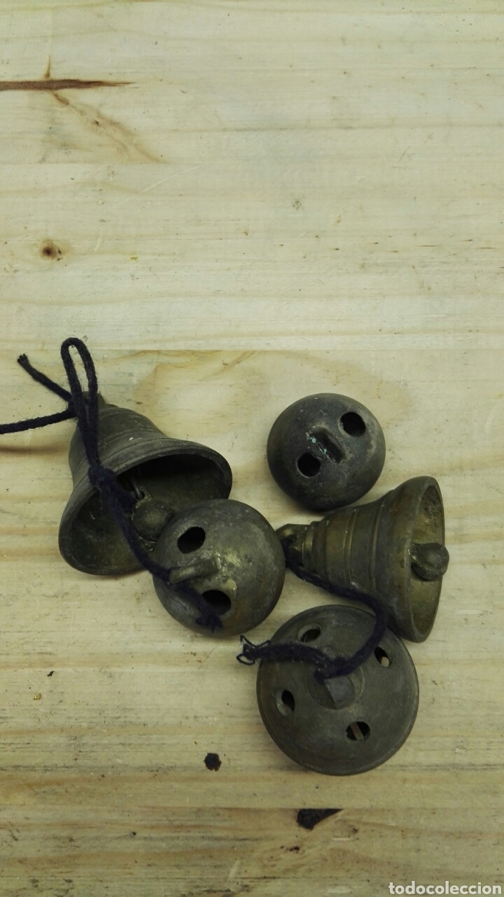 Antigüedades: Cascabeles y campanas antiguos de bronce - Foto 2 - 137244748