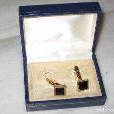 Antigüedades: PAR DE GEMELOS EN SU CAJA. Lote 137338746
