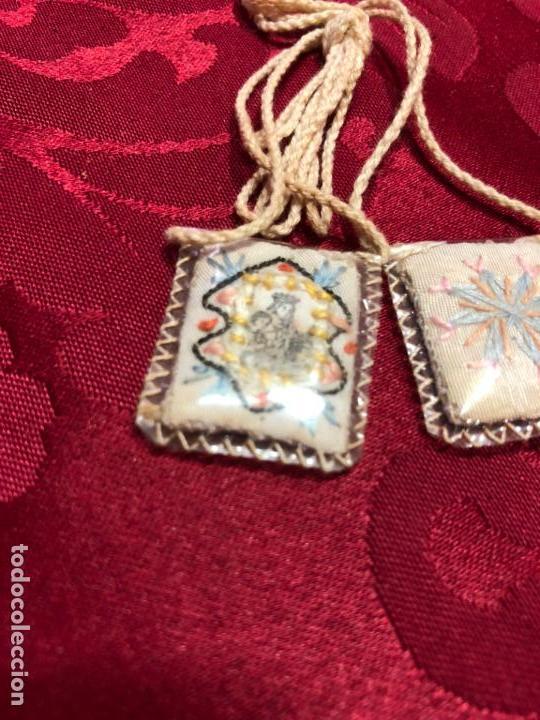 Antigüedades: ESCAPULARIO BORDADO EN HILO DE LA VIRGEN DEL CARMEN - MEDIDA 3X2,5 CM - RELIGIOSO - Foto 2 - 137343870