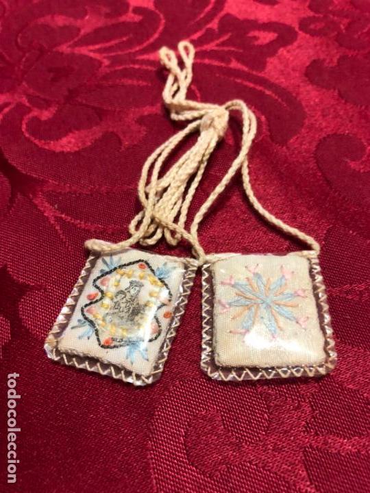 Antigüedades: ESCAPULARIO BORDADO EN HILO DE LA VIRGEN DEL CARMEN - MEDIDA 3X2,5 CM - RELIGIOSO - Foto 4 - 137343870