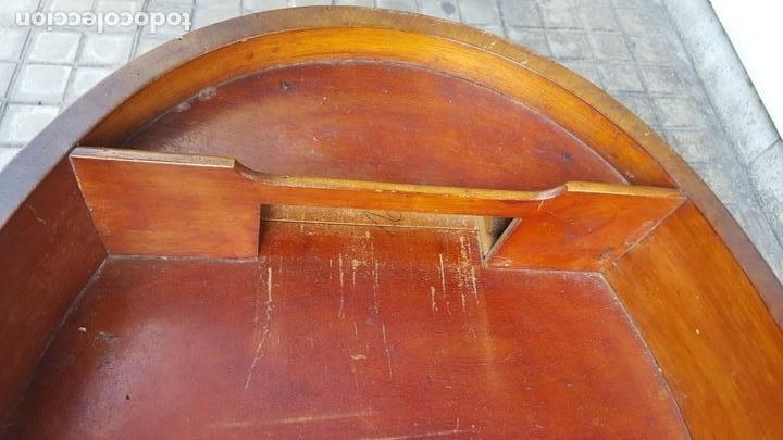 Antigüedades: COSTURERO. MADERA DE NOGAL. ESTILO IMPERIO. ESPAÑA. SIGLO XIX. - Foto 9 - 172069307