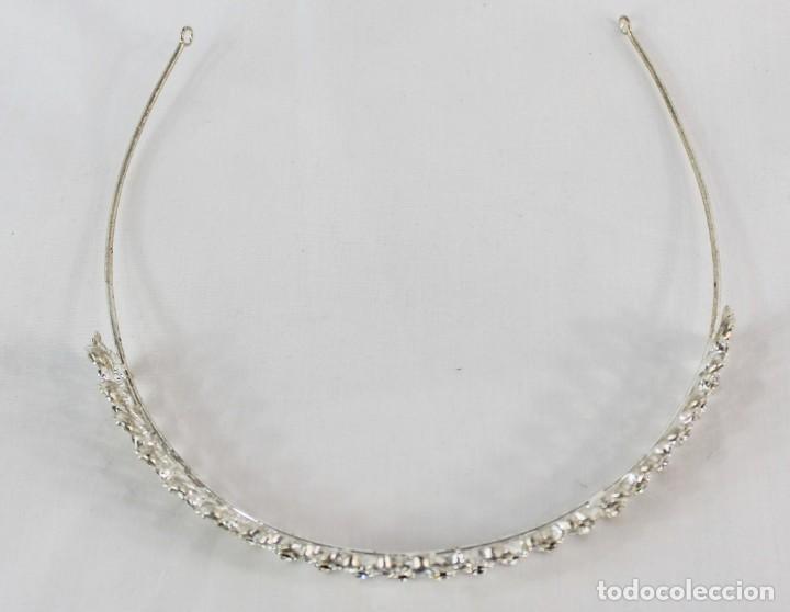 Antigüedades: Diadema de cristales, factoría española, piezas sin uso de remanente de tienda de novias. - Foto 5 - 137402550