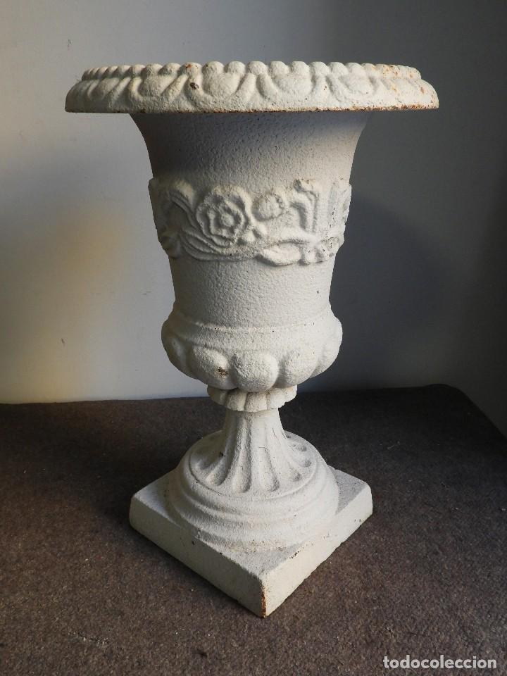 Antigüedades: COPA DE HIERRO BLANCA CON ADORNOS - Foto 4 - 139779554