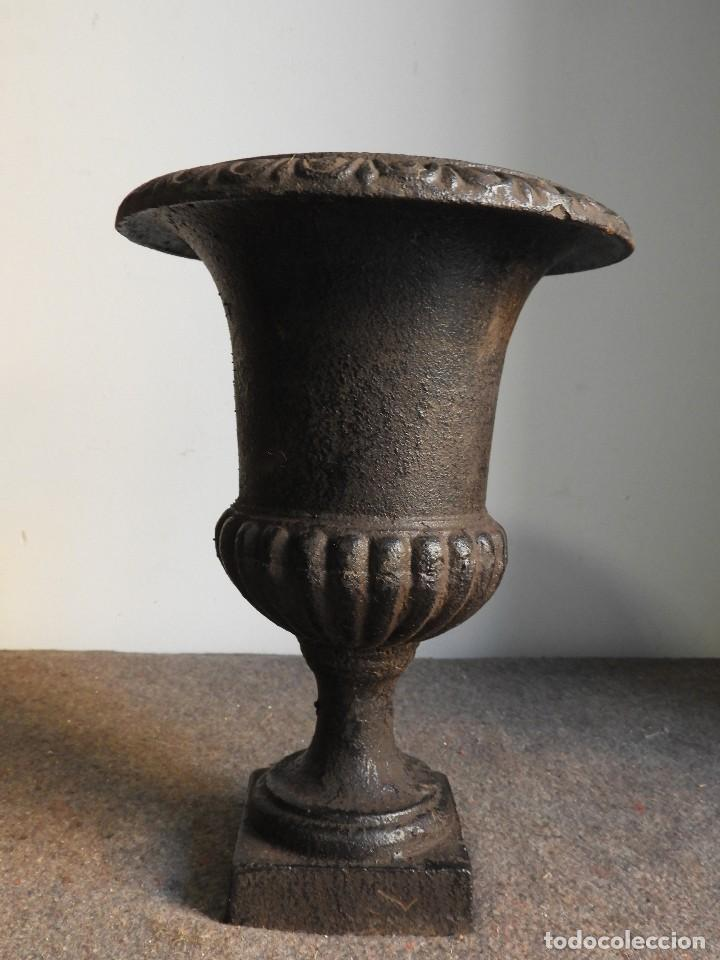 Antigüedades: COPA DE HIERRO PEQUEÑA EN MARRON CHOCOLATE - Foto 4 - 137416538