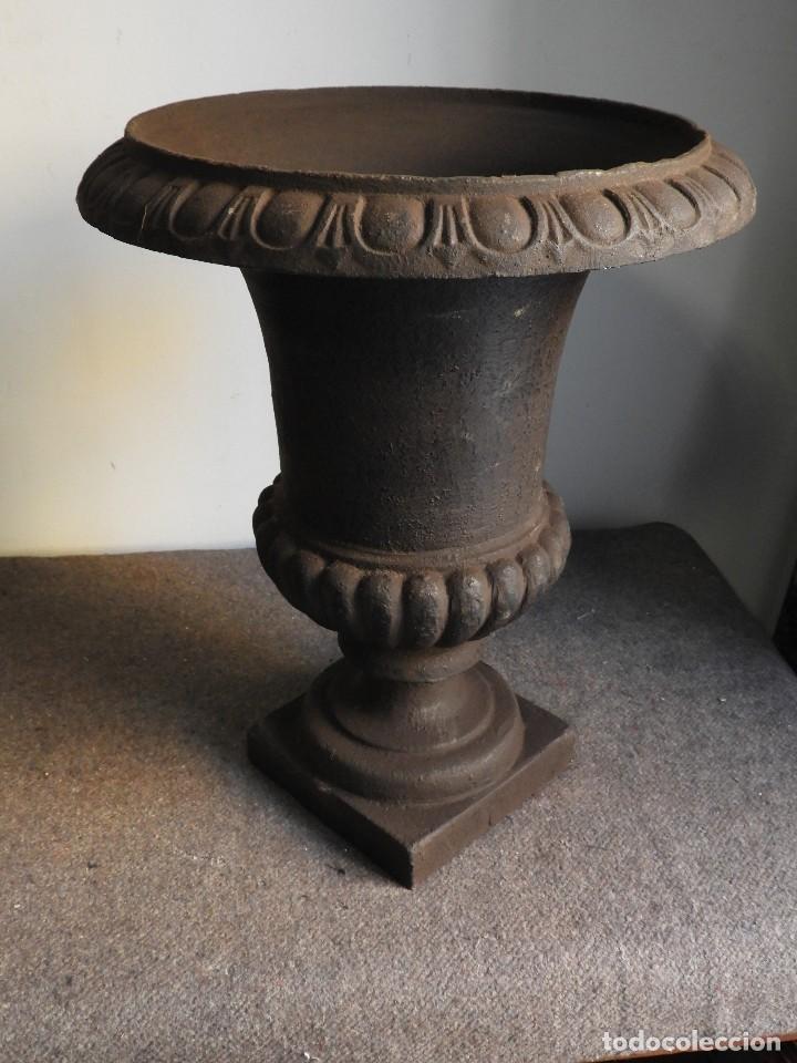 Antigüedades: COPA DE HIERRO 46 CM DE ALTURA - Foto 4 - 137416706