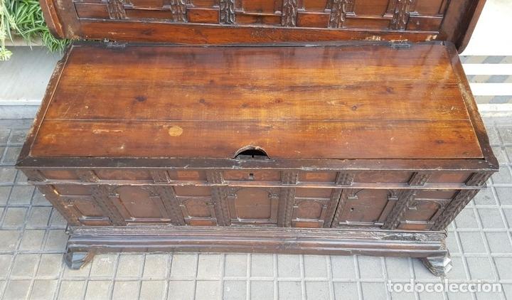 Antigüedades: ARCA CATALANA DE NOVIA. NOGAL CON INCRUSTACIONES DE BOJ. ESTILO BARROCO. SIGLO XVIII. - Foto 4 - 137421546