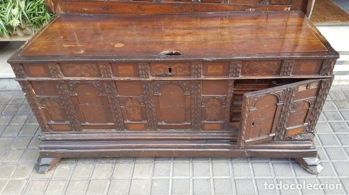 Antigüedades: ARCA CATALANA DE NOVIA. NOGAL CON INCRUSTACIONES DE BOJ. ESTILO BARROCO. SIGLO XVIII. - Foto 11 - 137421546