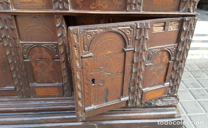 Antigüedades: ARCA CATALANA DE NOVIA. NOGAL CON INCRUSTACIONES DE BOJ. ESTILO BARROCO. SIGLO XVIII. - Foto 12 - 137421546