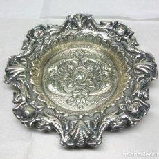 Antigüedades: ELEGANTE BANDEJITA DE PLATA DE LEY - MEDIDA 11 CM. - PESO 26 GR.. Lote 137433322