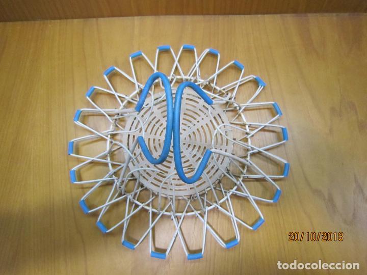 Antigüedades: Antigua cesta para huevos - Foto 3 - 137494318