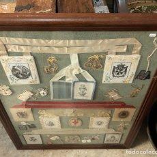 Antigüedades: PRECIOSO CUADRO CON ESCAPULARIOS ANTIGUOS. Lote 137590024
