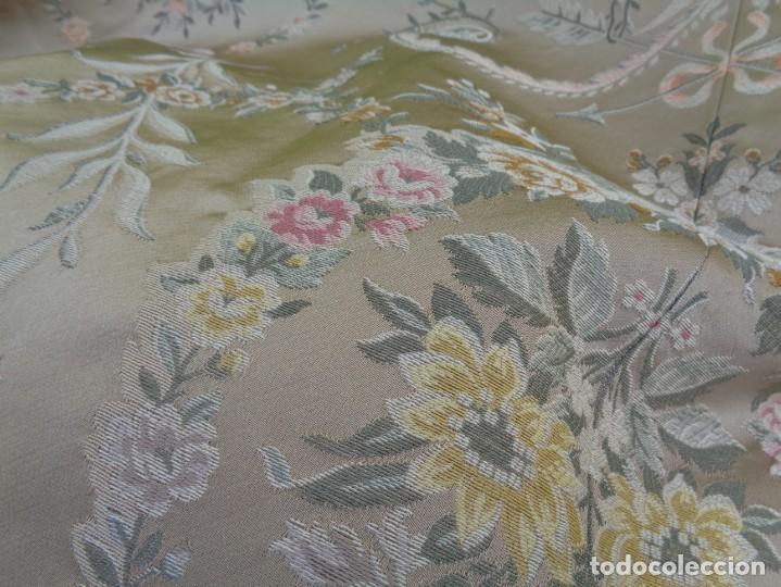 Antigüedades: Tela brocada vestimenta fallera- Traje regional valenciano - para hacer una falda - Foto 17 - 137668526