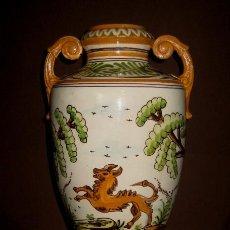 Antigüedades: ANTIGUO JARRÓN DE CERÁMICA DE TALAVERA NUMERADO Y MARCADO. Lote 137707726