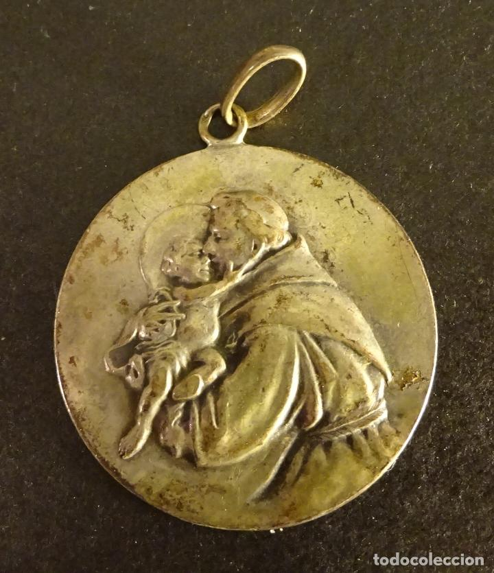 MEDALLA DE SAN ANTONIO DE PADUA, ¿PLATA?. PESO 10,9 GR. DIÁMETRO 35 MM (Antigüedades - Religiosas - Medallas Antiguas)