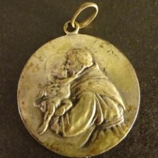 Antigüedades: MEDALLA DE SAN ANTONIO DE PADUA, ¿PLATA?. PESO 10,9 GR. DIÁMETRO 35 MM. Lote 137754270