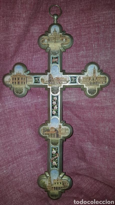 GRAN CRUZ CON VISTAS DE MICROMOSAICOS (Antigüedades - Religiosas - Cruces Antiguas)