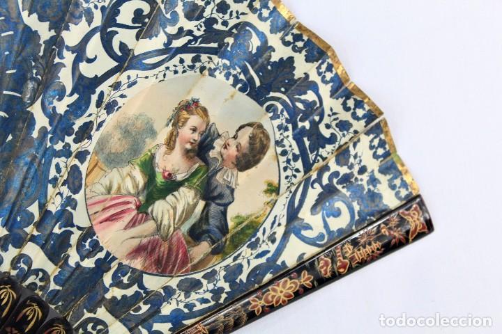 Antigüedades: Precioso abanico s XIX litografía y pintado a mano, coloreado a mano. A dos escenas, dos caras. - Foto 3 - 137826922