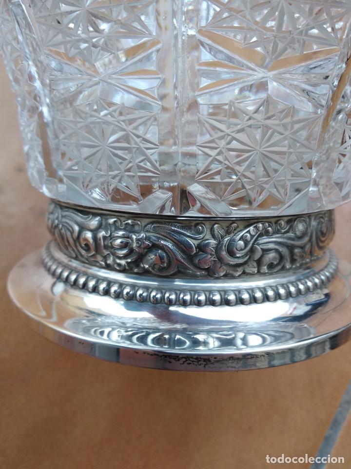 Antigüedades: Precioso centro alto en cristal tallado y base de plata - Foto 3 - 137844996