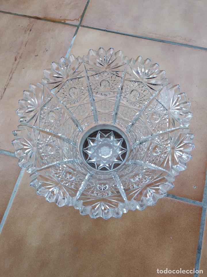 Antigüedades: Precioso centro alto en cristal tallado y base de plata - Foto 6 - 137844996