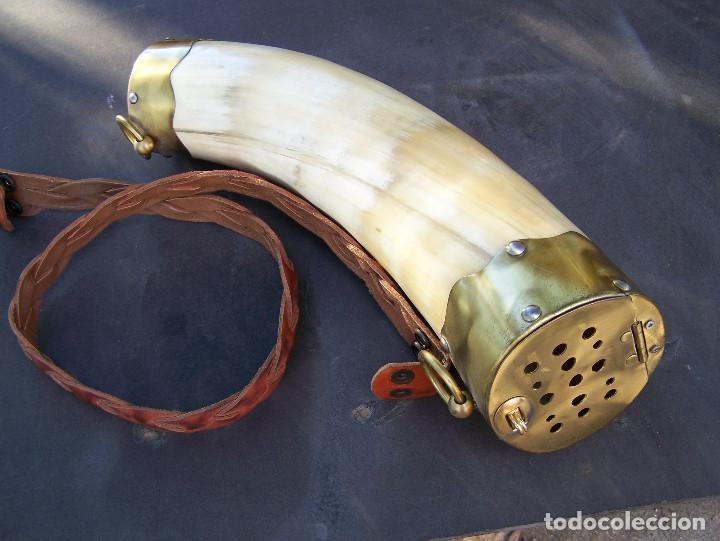 Antigüedades: Huronera de Asta de Toro - Foto 2 - 137938290