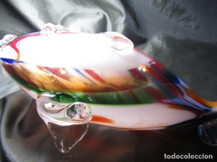 Antigüedades: antiguo pez 30 cm de largo y 12,5 de alto cristal de murano de colores faltando una parte de la cola - Foto 11 - 137981206